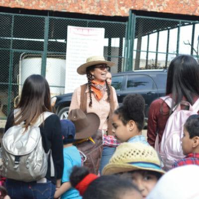 Rosa Maria, la anfitriona de los paseos escolares en Rancho Guacatay